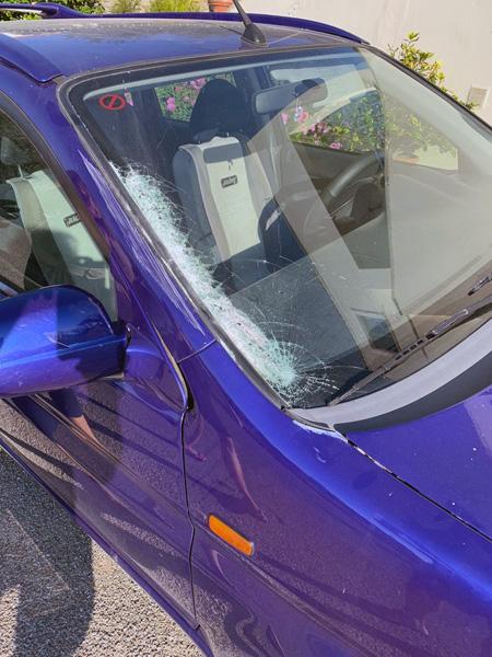 Ατύχημα αυτοκινήτων στ' Αποίκια