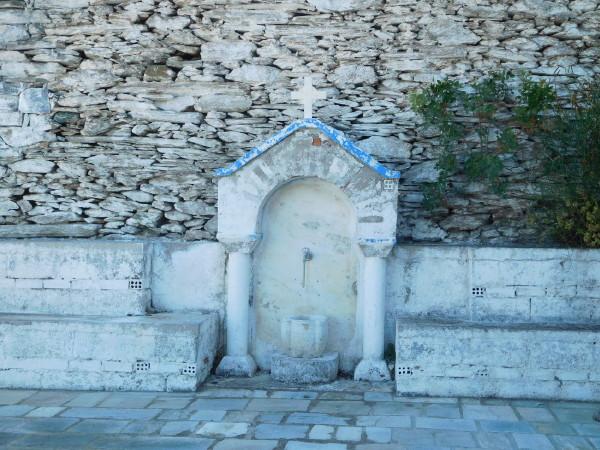 Ναός του Ταξιάρχη Μελίδας Άνδρου