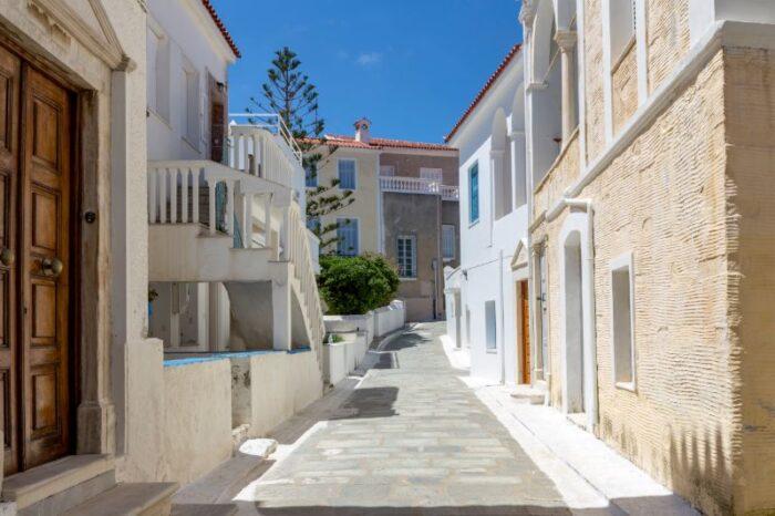 Μόνο η Άνδρος εκπροσωπεί την Ελλάδα ως προορισμός για το 2021 σύμφωνα με τους NYT