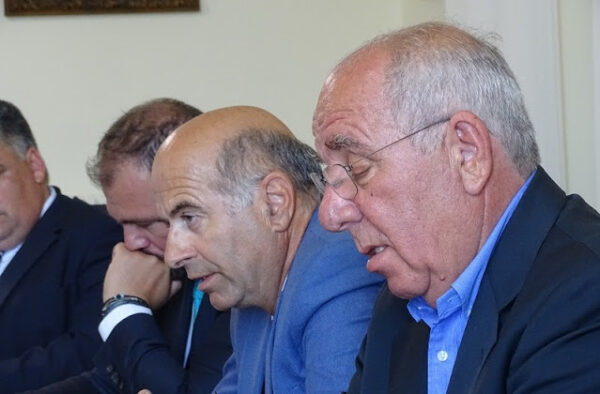 Οι εύθικτοι αντιδήμαρχοι του Δήμου Άνδρου