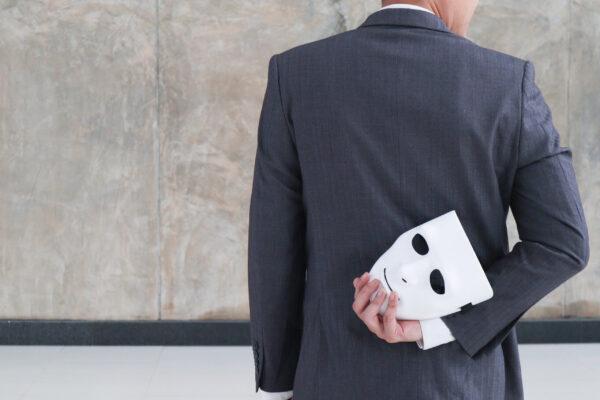 Εξαπατήσεις λευκού κολάρου ανησυχούν το Επιμελητήριο Κυκλάδων