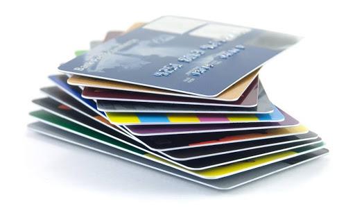Με πλαστικό χρήμα και επιταγές η πληρωμή οφειλών στον Δ.Α.