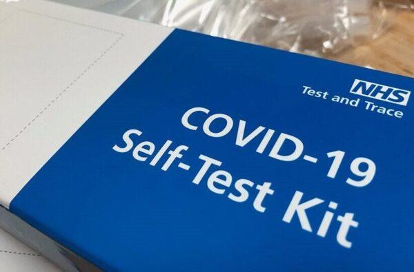 Κορωνοϊός: Στα φαρμακεία τα ατομικά rapid tests