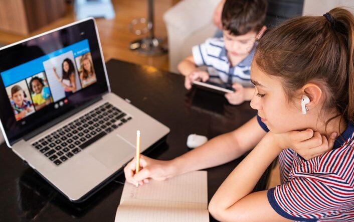 Με τηλεκπαίδευση λόγω απολυμάνσεως σε σχολεία στο Γαύριο
