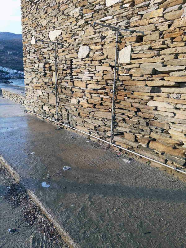 Η οικονομία και στο νερό του Κορθίου