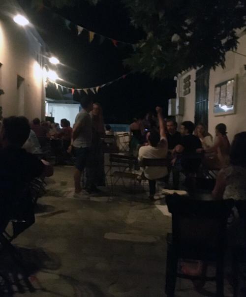 Βραδινές βόλτες στην Άνδρο