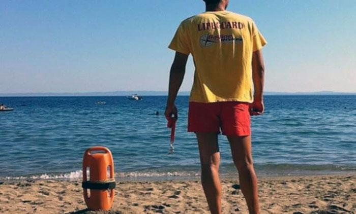 Σε βοήθεια surfers έσπετσε η Λιμενική Αρχή και οι ναυαγοσώστες στην Αγία Μαρίνα